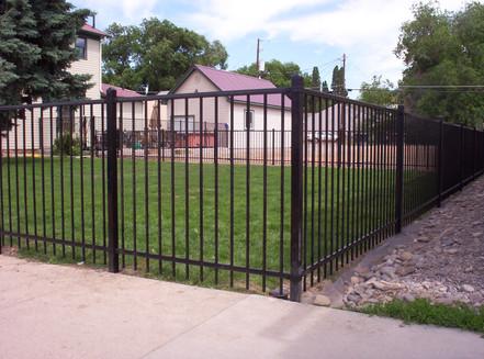 2-Rail Majestic Montage Fence