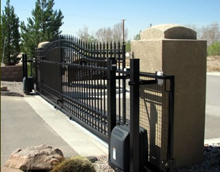 Double Cantilever Gate and Operator