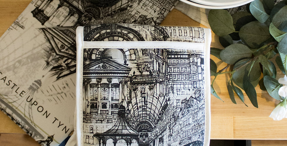Newcastle Upon Tyne Double Oven Gloves