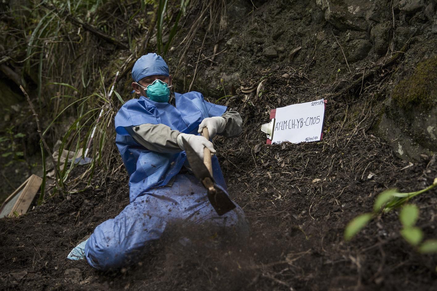 El Exhumador de los Andes 003