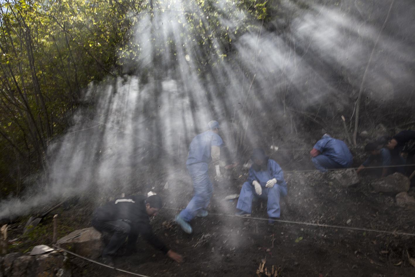 El Exhumador de los Andes 002