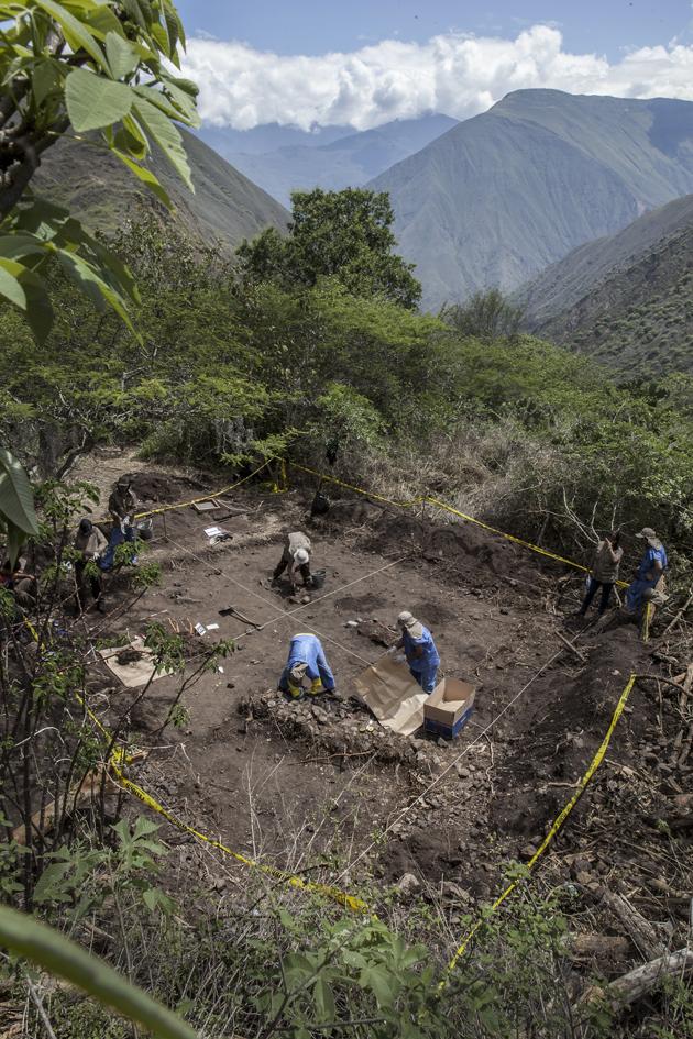 El Exhumador de los Andes 008