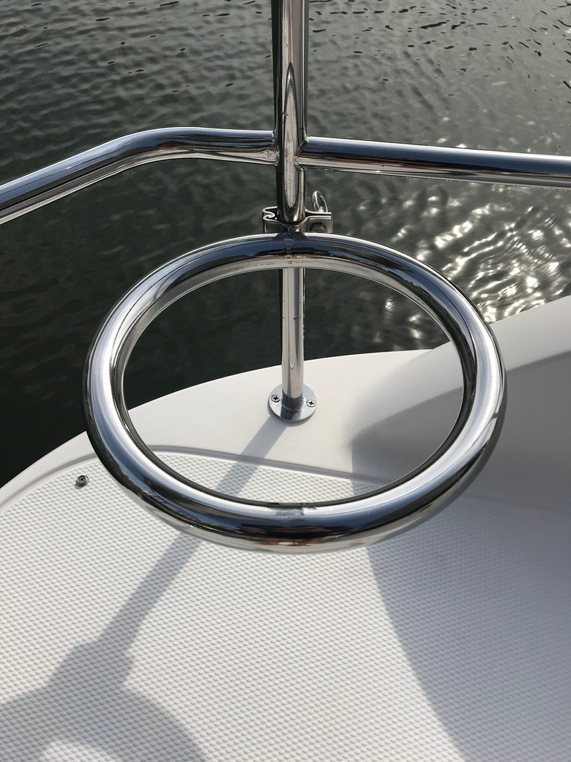 Corrosion removal from boat rails
