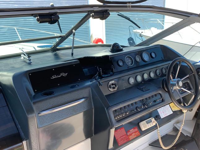 clean boat helm