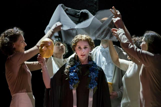 As Giunia in Mozart's Lucio Silla