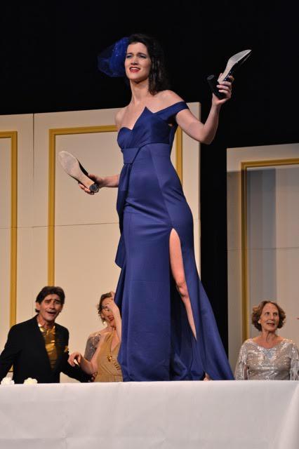As Flora in L'OpéRassemble's La Traviata