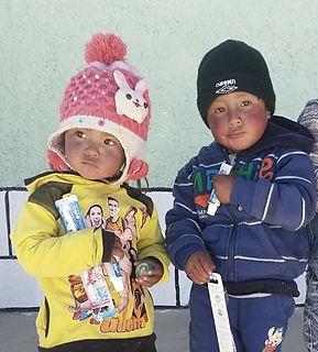 adorable peru kids.jpg
