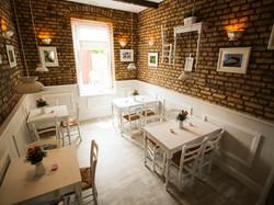 Larcino Restaurant 8
