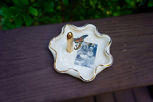 Small Cream Mother's Love Ring Dish