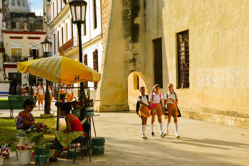 Ecolieres dans Habana Vieja