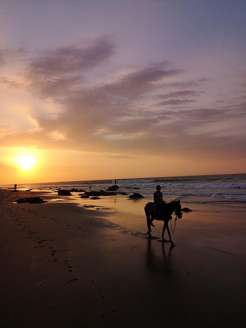 Coucher de soleil sur la plage de Mancor
