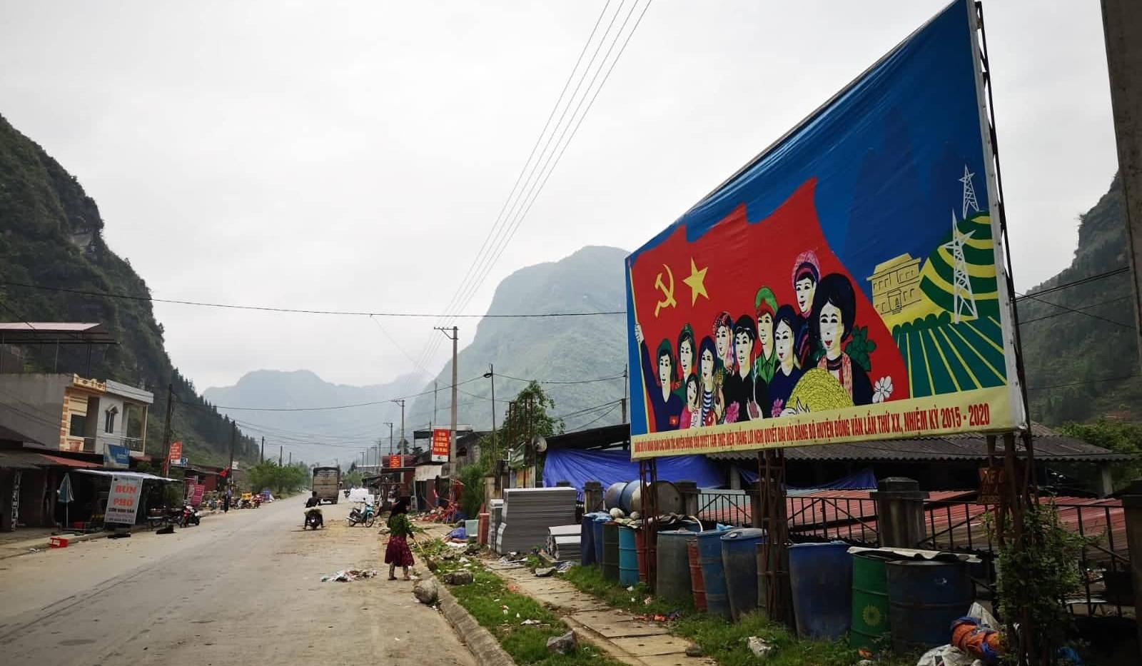 Propagande sur la boucle d'Ha Giang