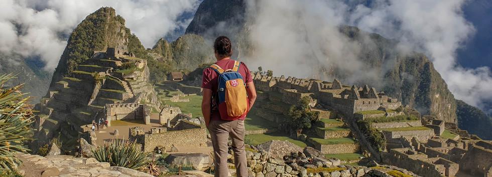 Slimen face au Machu Picchu