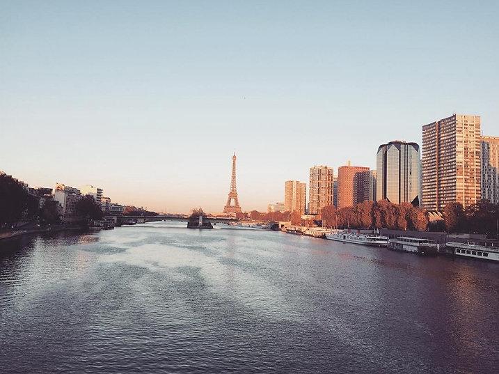 Pont Mirabeau Paris.jpg