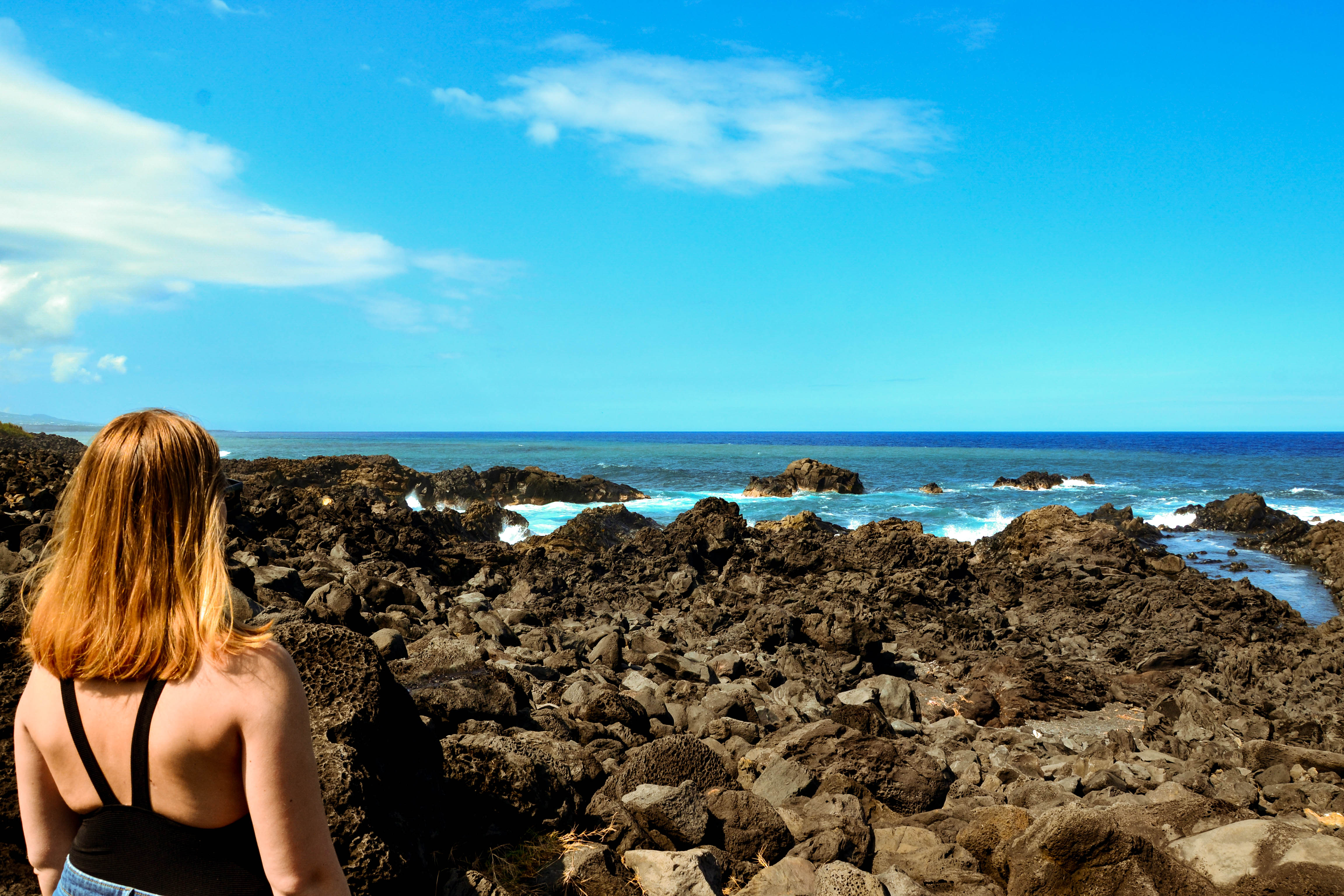 Sarah face à l'océan Indien