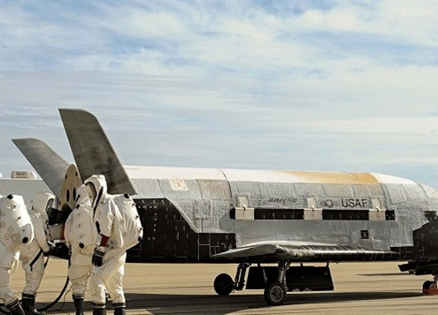SPACE FORCE LAUNCHES THE BOEING BUILT-IN X-37B SPACE PLANE INTO ORBITON A NEW MYSTERIOUS MISSION