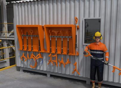 Large Platform Drilling Customer goes «Handsfree»