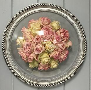 Dried rose floral preservation