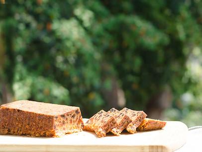 Pan de damasco y almendras