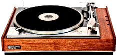 IMG02%20Goldring%20GL75%20Turntable_edit