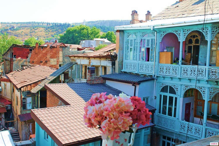 Vieille-ville-Tbilissi.jpg