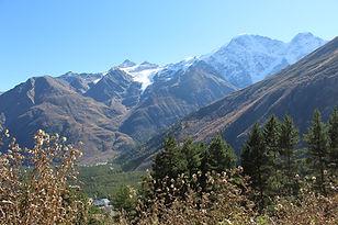 mountains-3764086_1920.jpg