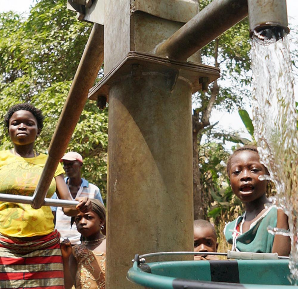Children drinking fresh water