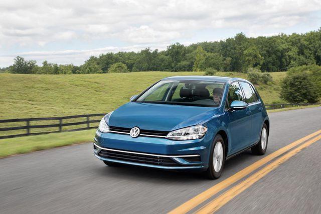 6. Volkswagen Golf - 177.503 chiếc
