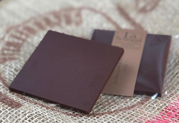 Reine handgemachte Edelschokolade mit 75% Kakaoanteil