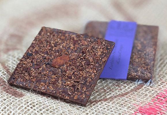 CacaoCrisp – handgemachte Edelschokolade mit gerösteten Kakaobohnen-Stückchen