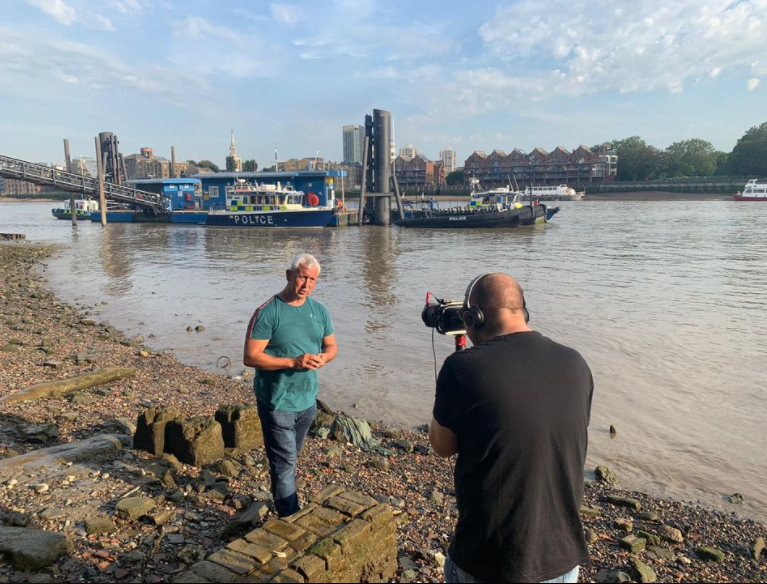 Filming onthe banks of the Thames - netflix