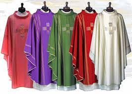 Los vestidos litúrgicos: significado y sentido