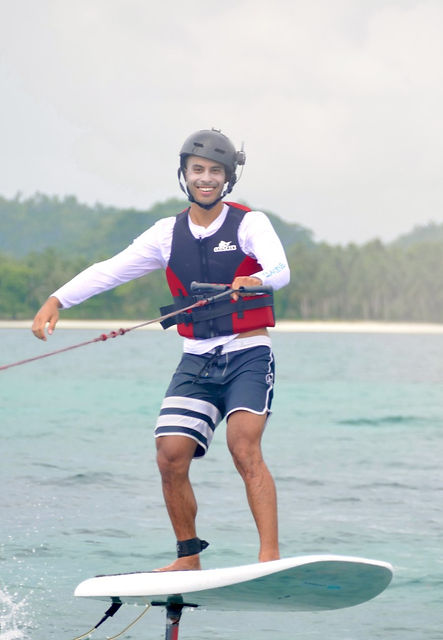 hydrofoil surfing lesson Siargao Philippines