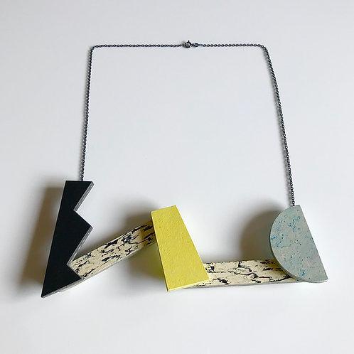 Kinetic necklace - Black/Yellow Glow/Bluemoon