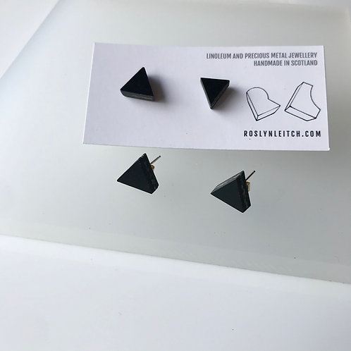 Tri-trangle stud earrings - Black