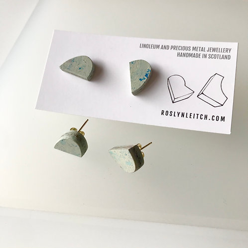 Bump stud earrings - Bluemoon