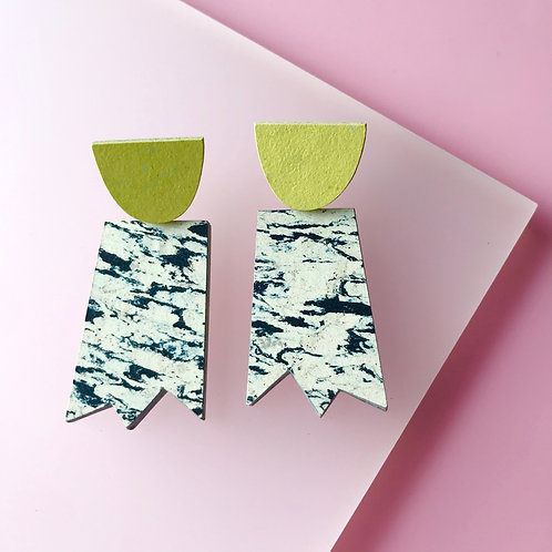 Ghost earrings - Print/Yellow Glow