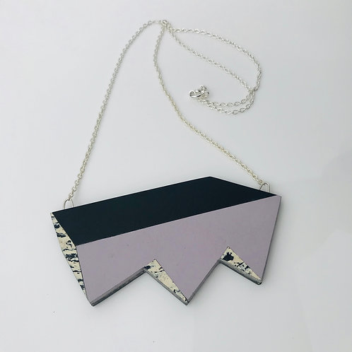 Jagged perspective necklace - Lilac