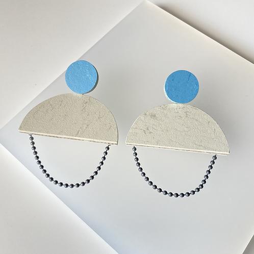 Semicircle chain earrings - Polar Bear/Nordic Blue