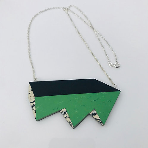 Jagged perspective necklace - Nettle Green