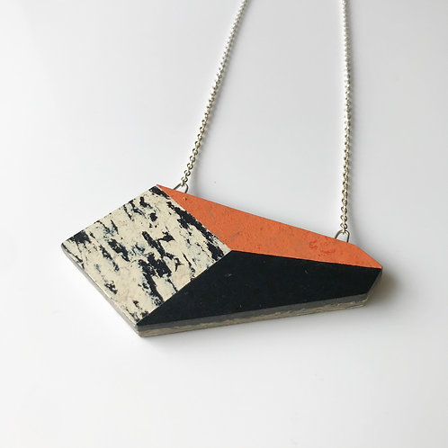 Perspective necklace - Orange Glow
