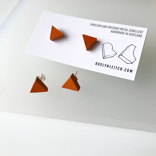 Tri-trangle stud earrings - Orange Glow