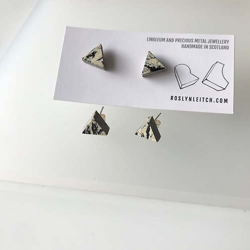 Tri-trangle stud earrings - Print