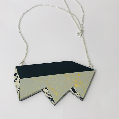 Jagged perspective necklace - Yellow Shimmer