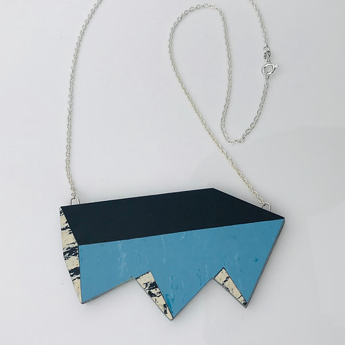 Jagged perspective necklace - Nordic Blue