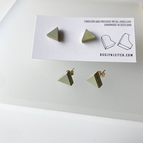 Tri-trangle stud earrings - Yellow Shimmer