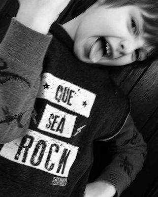🤘 que sea rock! 🎸 _Chaleco #pugandroll
