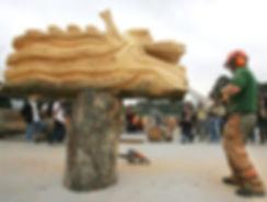 david evans Hong Kong Dragon chainsaw carving