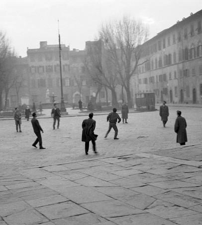 Piazza Santo Spirito, Firenze 1959
