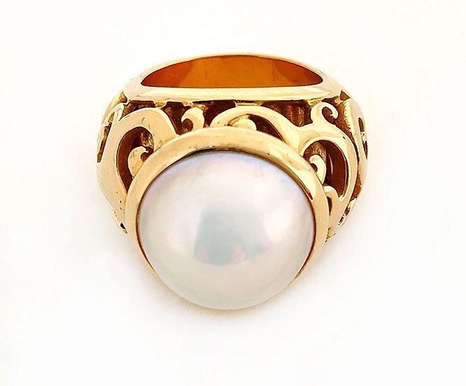 Gelbgold Ring mit Mabé Perle